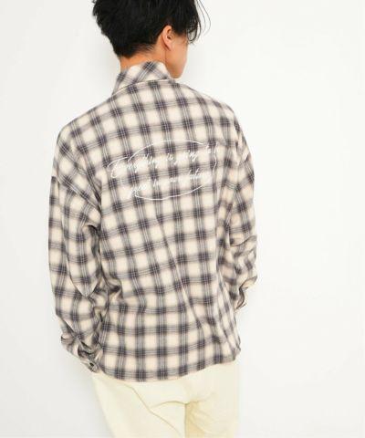 バックシシュウチェックシャツ